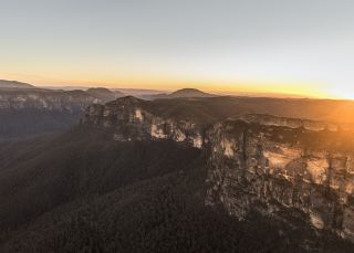 Sun rising over the picturesque Grose Valley, Blue Mountains National Park