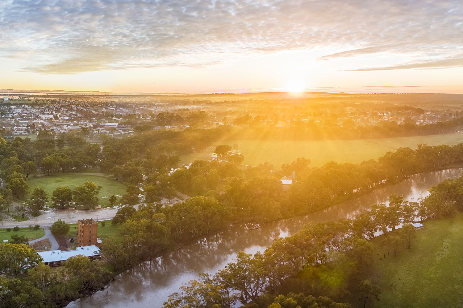 A glorious sunrise over Narrandera in the Riverina, NSW