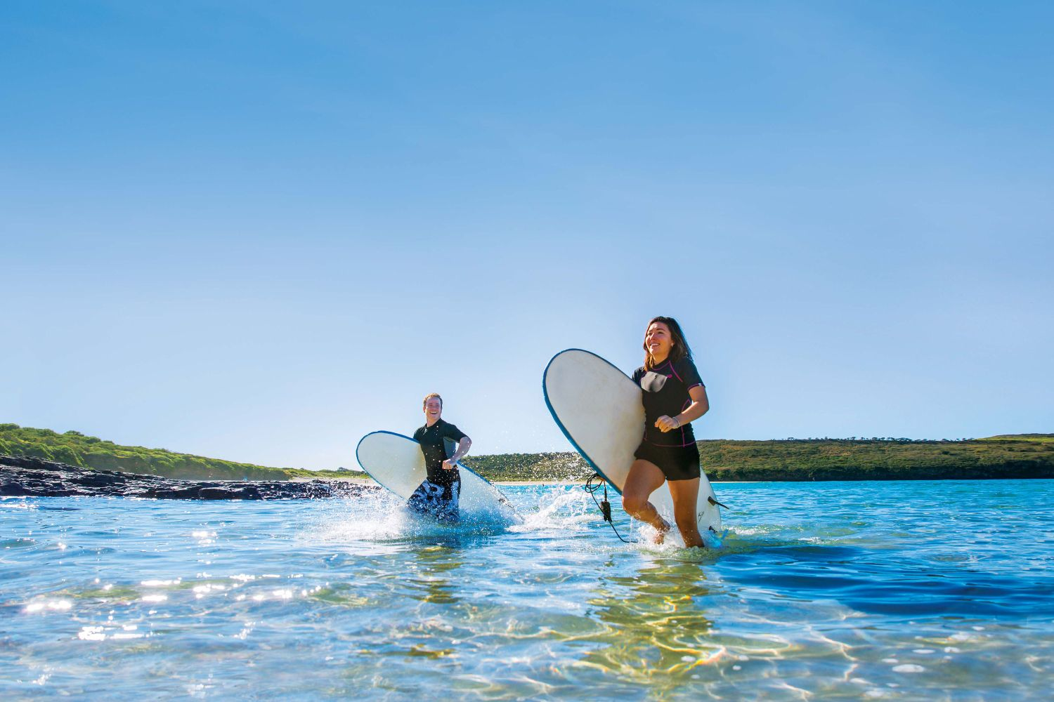 Shellharbour - Surfing at The Farm, Killalea State Park