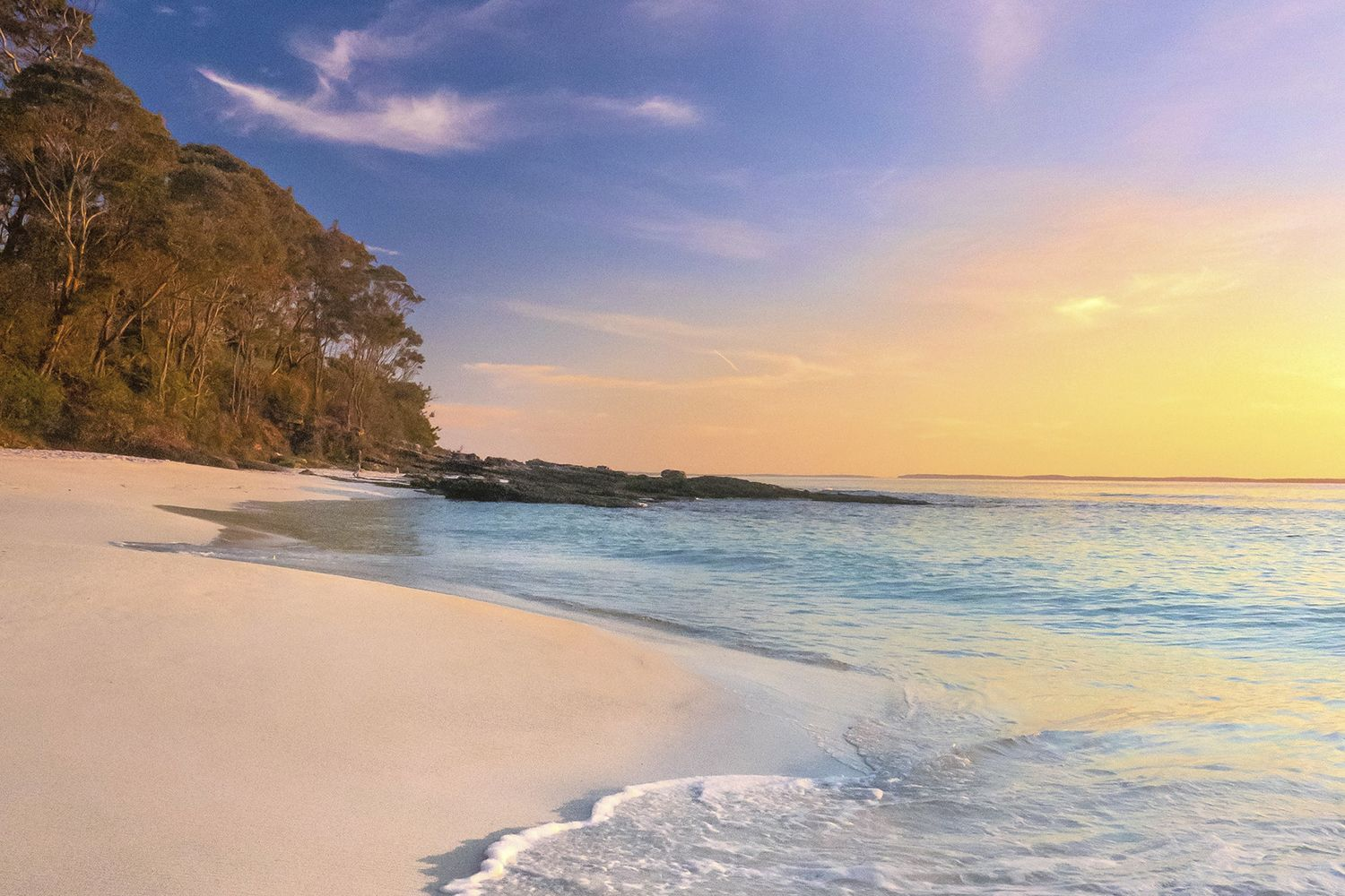 Sunrise on Hyams Beach, Jervis Bay