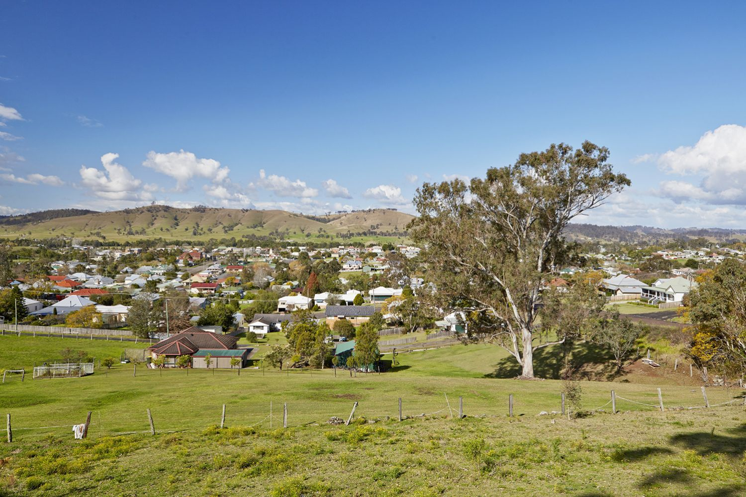 Scenic town and country landscape surrounding Dungog