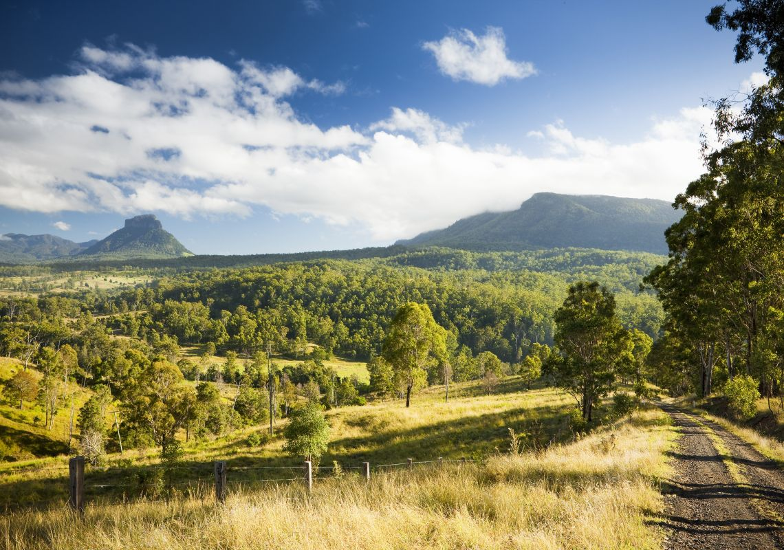 A picturesque view toward the Border Ranges National Park and Mount Lindesay, north of Kyogle