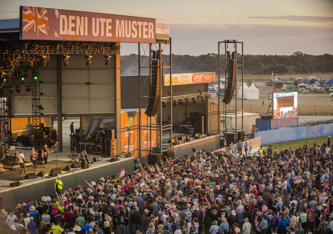 Deniliquin Accommodation Maps Attractions Amp Events