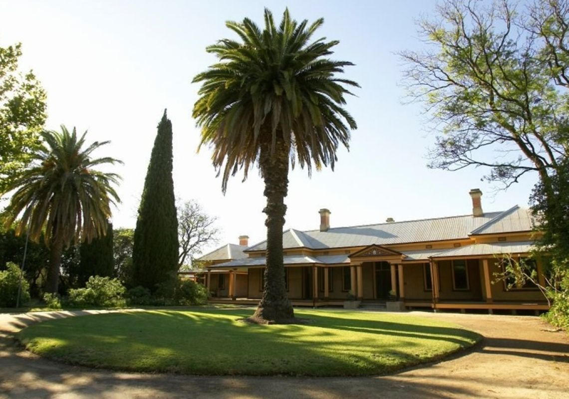 Front view of Bishop's Lodge Historic House in Hay, Riverina