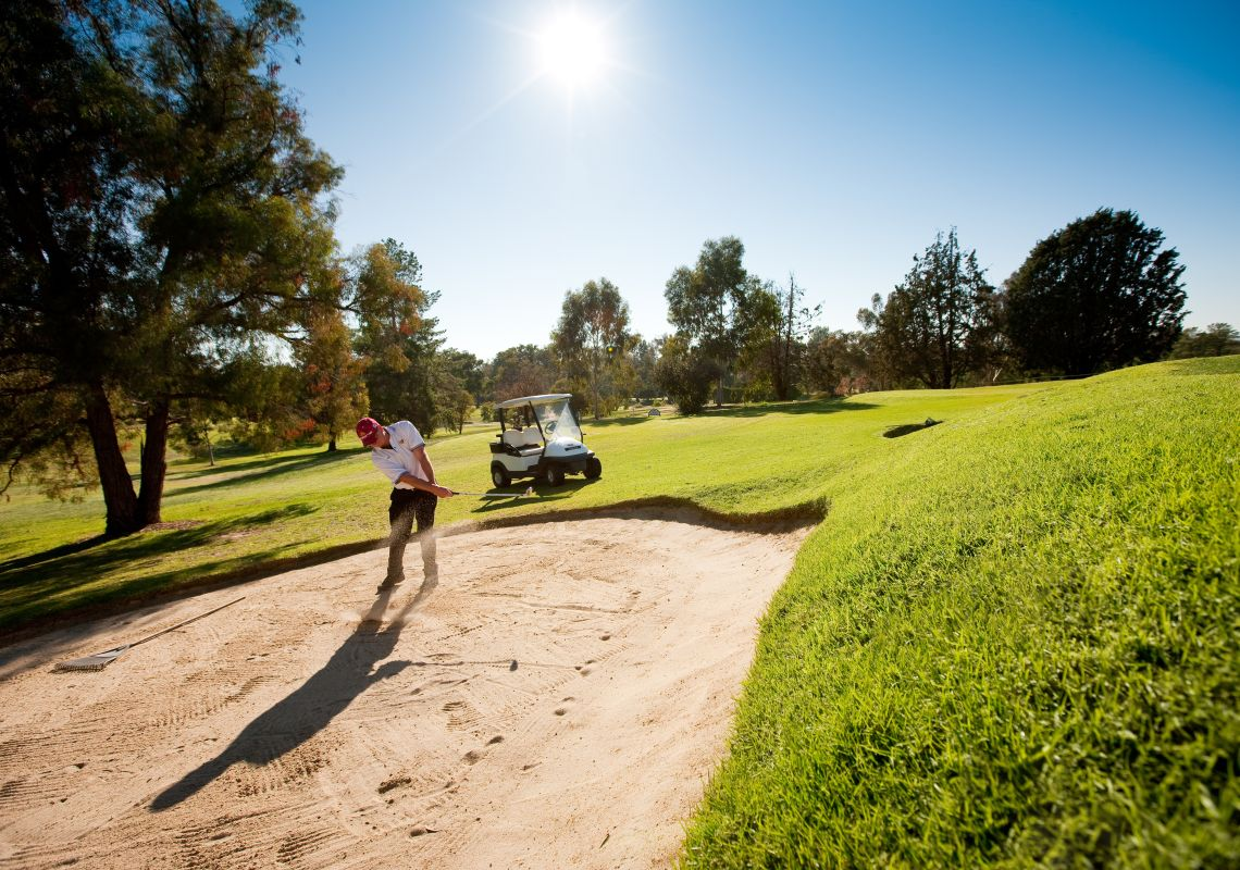Commercial Golf Club in Albury, The Murray