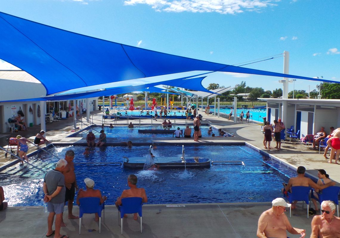 Naturally heated mineral spas at Moree Artesian Aquatic Centre, NSW