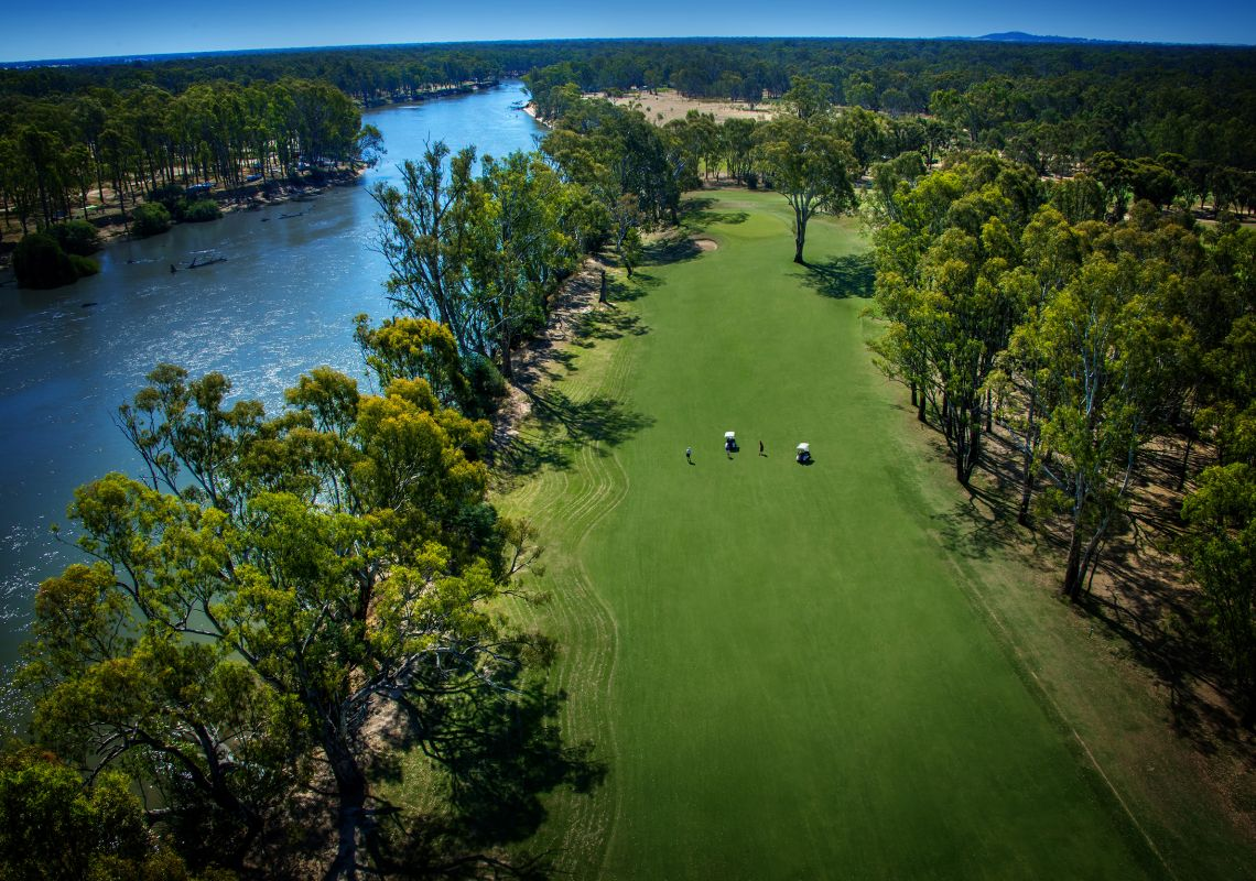The Yarrawonga Golf Club , Yarrawonga