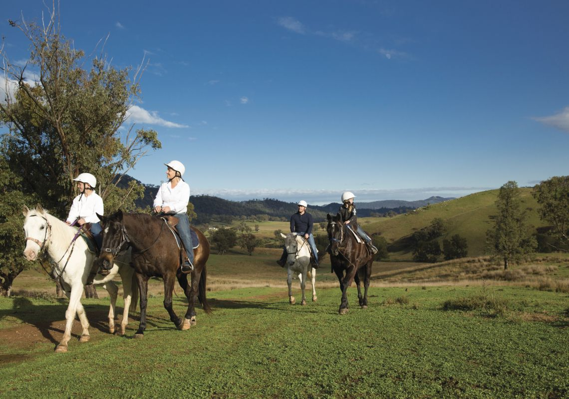 A family horseriding tour, Tamworth & Kootingal Horse Riding Adventures
