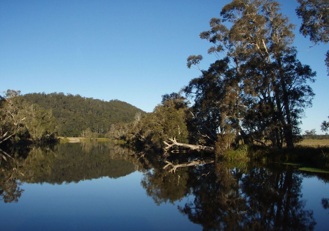 Luxury Houseboat Hire - Bulahdelah - North Coast