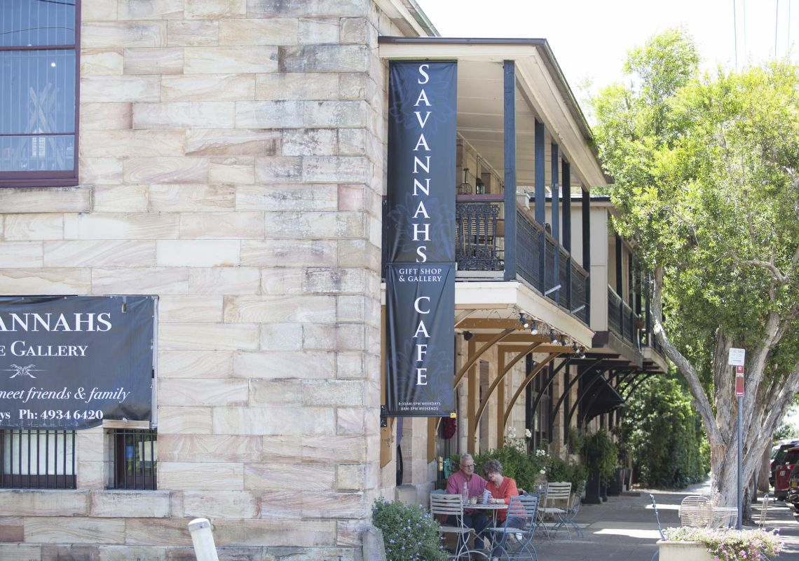 Outdoor dining at Savannah on Swan Cafe, Morpeth