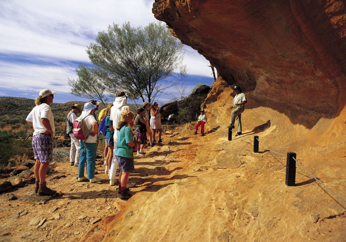 guided tour of the Indigenous rock art paintings - Mutawintji National Park