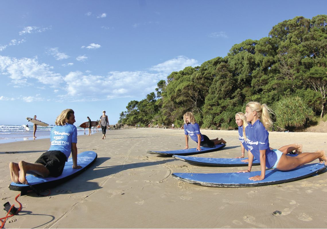 Surf lesson in Byron Bay with Lets Go Surfing surf school