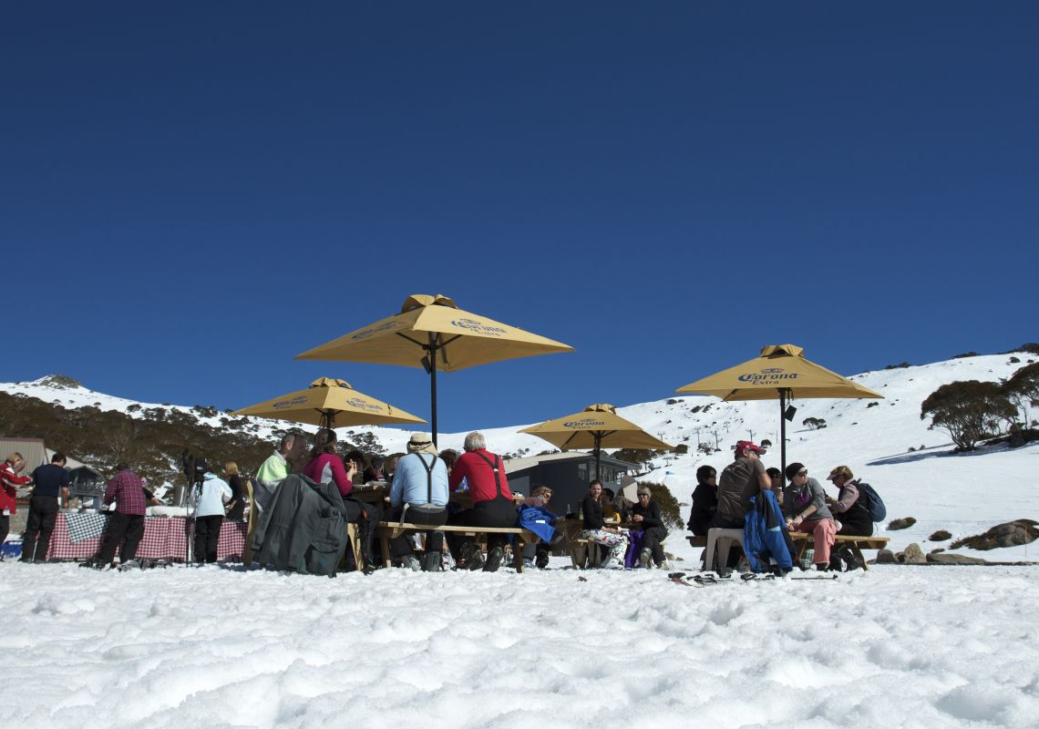 Apres Ski at the Charlotte Pass Snow Resort - Kosciuszko National Park