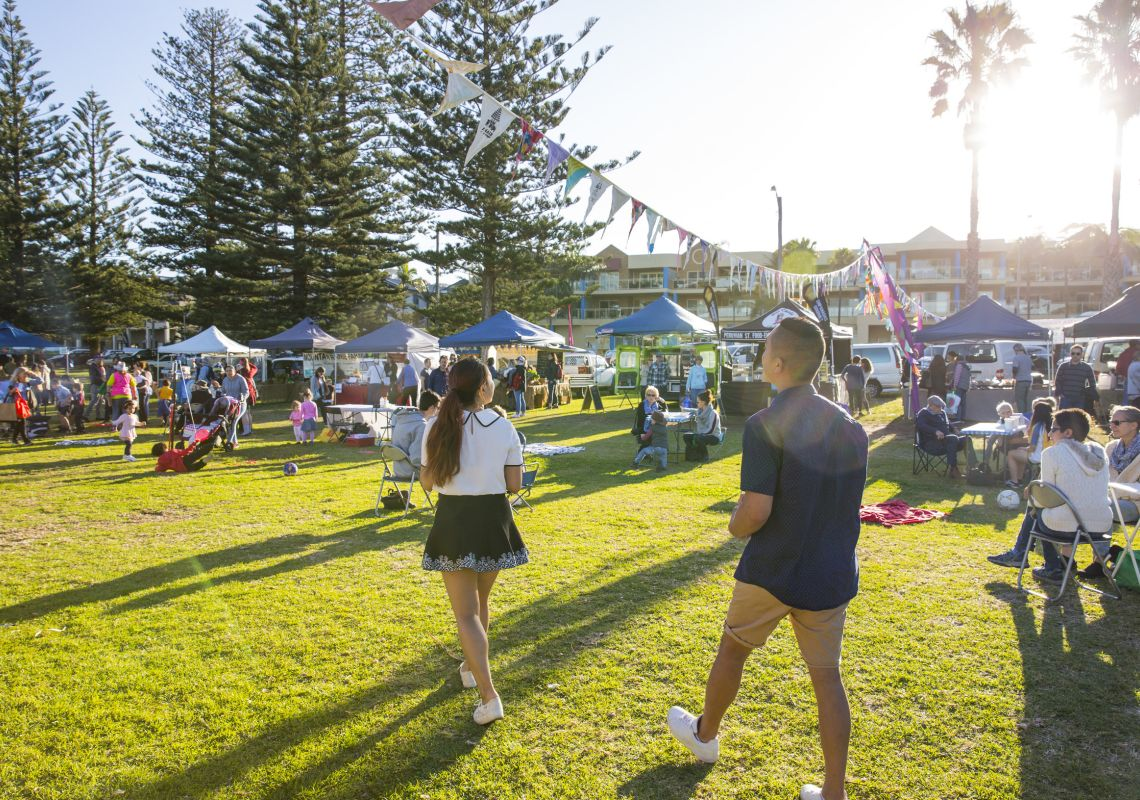 The Kiama Farmer's™ Market held every Wednesday at Surf Beach, located on Manning Street