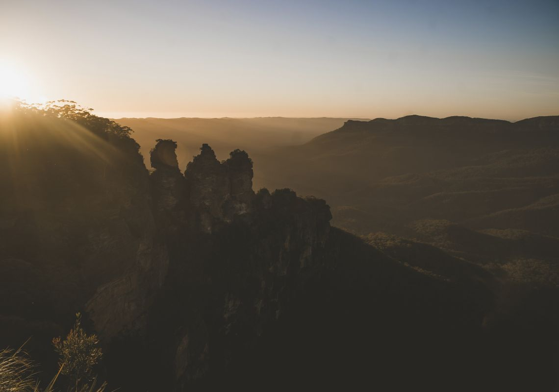 Sun rising over the Three Sisters, Katoomba in the Blue Mountains National Park.