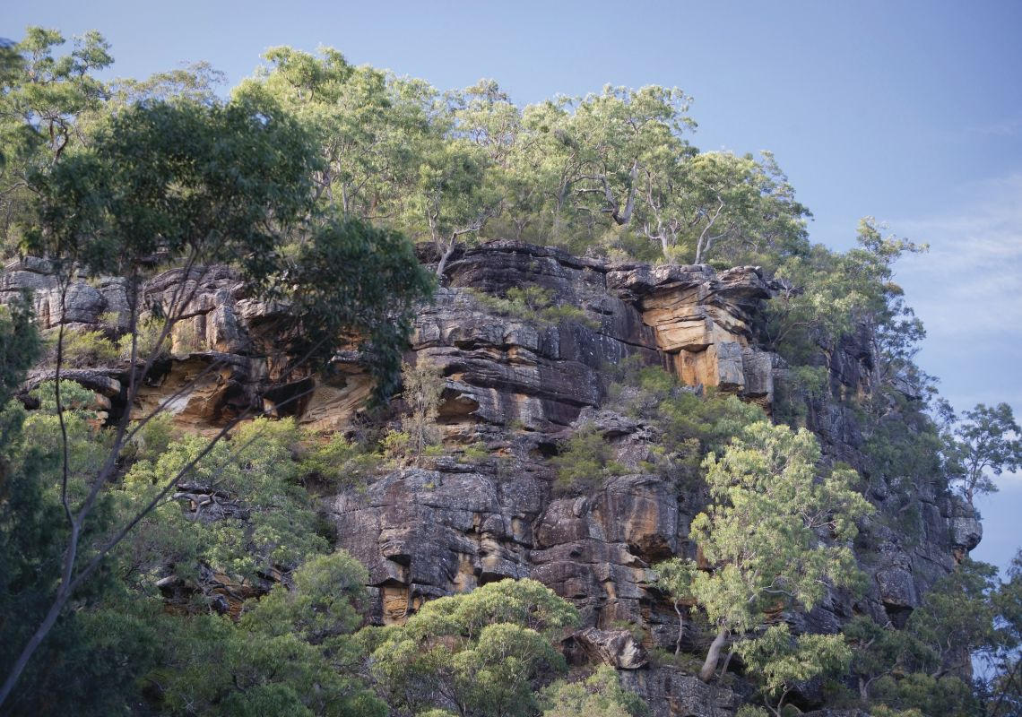 The view of the rocky, mountainous landscape from Devines Hill on the heritage listed Devine's Hill Loop in Dharug National Park