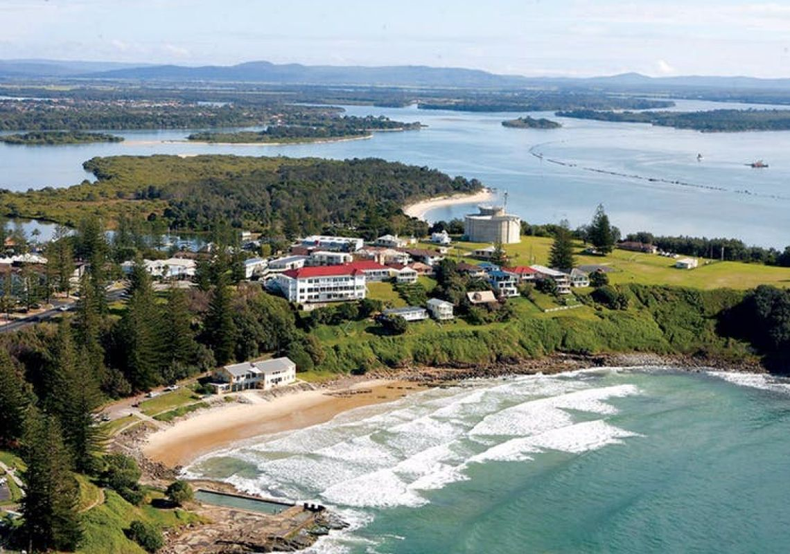 Pacific Hotel in Yamba, Clarence Valley, North Coast
