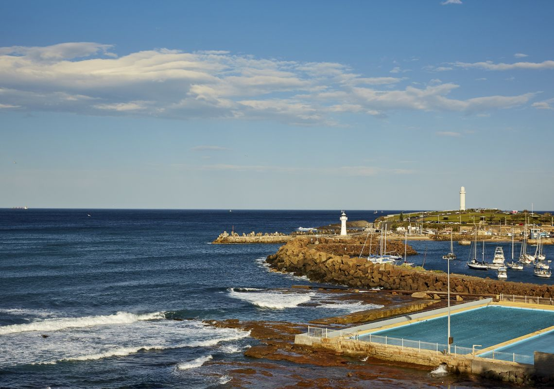 Continental Pool with views across to Wollongong Breakwater Lighthouse and Wollongong Head Lighthouse in  Wollongong, South Coast
