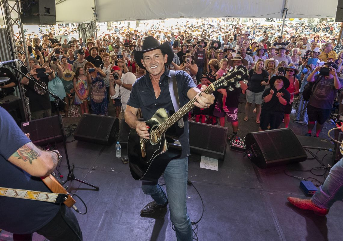 Lee Kernaghan performing at the 2019 Tamworth Country Music Festival