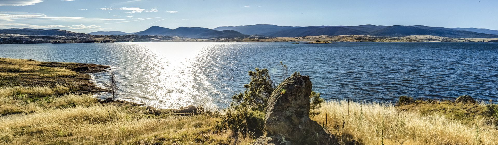 Lake Jindabyne - Kosciuszko National Park - Snowy Mountains