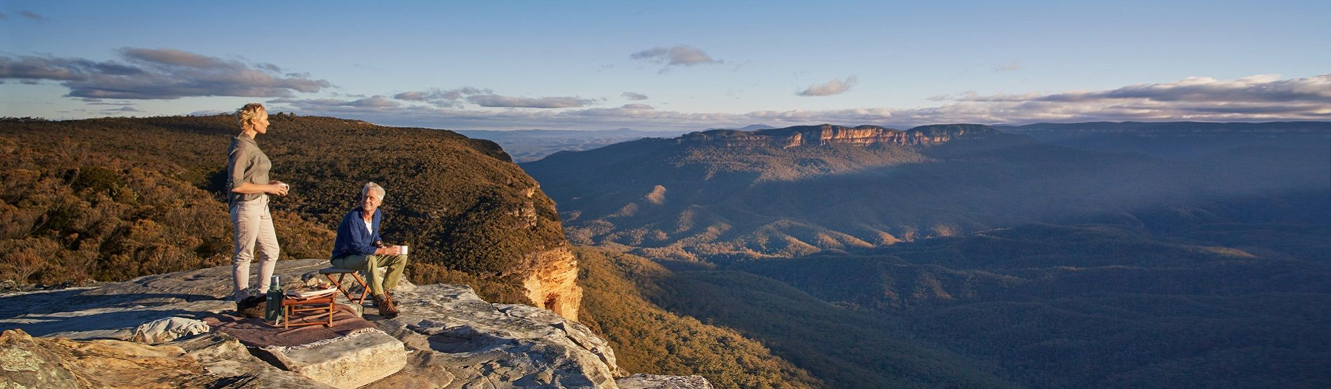 Sun rise over the Blue Mountains National Park