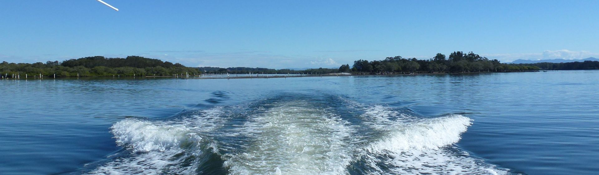 Taree - Easter Powerboat Spectacular