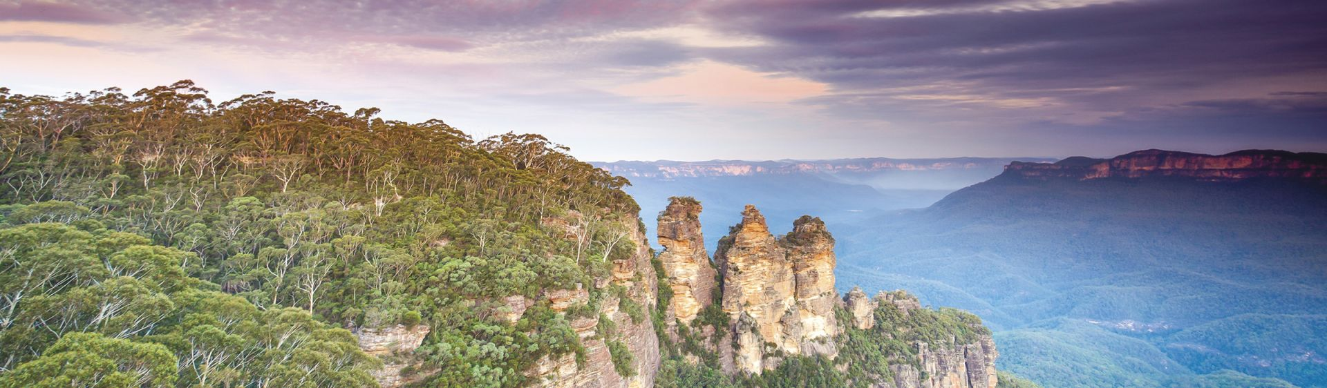 Three Sisters in Katoomba - Blue Mountains