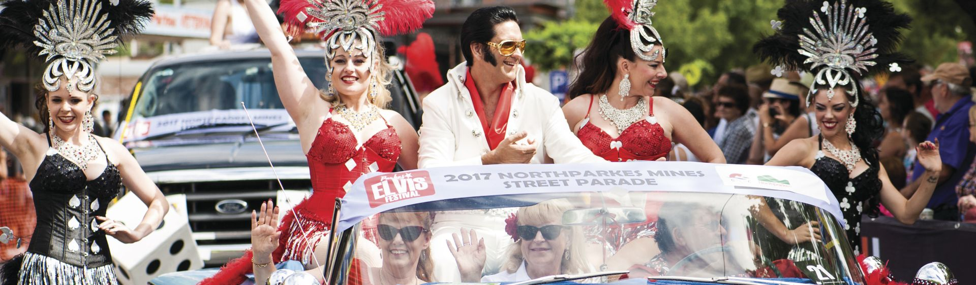Elvis tribute parading down the street at the Parkes Elvis Festival 2017