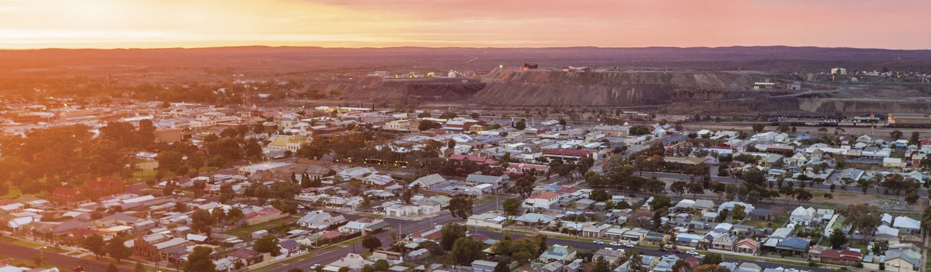 The sun rises over the town of Broken Hill