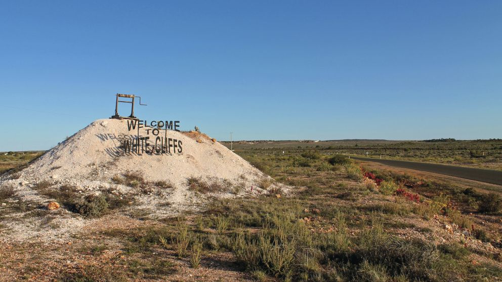 Sign welcoming visitors to White Cliffs in the Outback