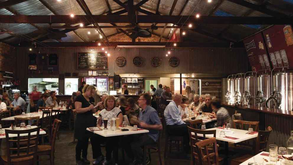 Diners enjoying an evening of food and drink at Mudgee Brewing Co. in Mudgee
