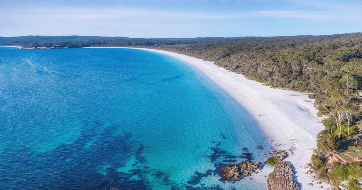 Hyams Beach, Jervis Bay - Accommodation, Camping, Beach & Things to Do