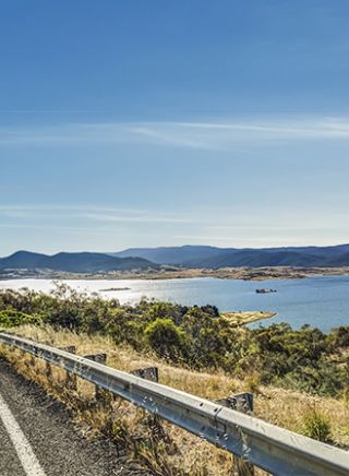 Lake Jindabyne in Kosciuszko National Park - Snowy Mountains Region